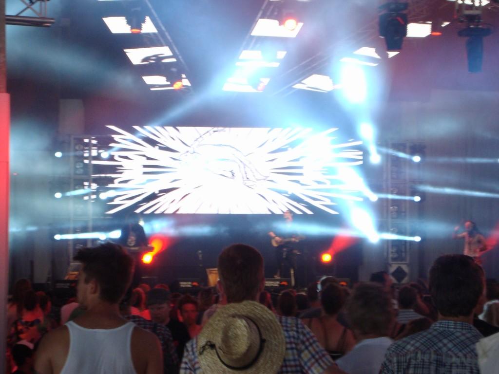 Tremor on the Cosmopol Stage